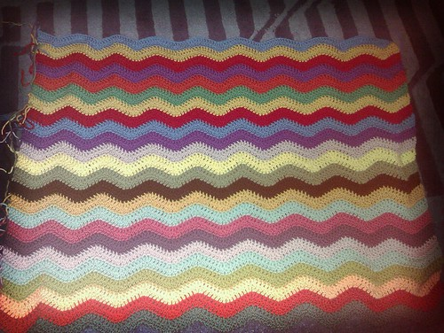 Tuesday night ripples by RooKnits