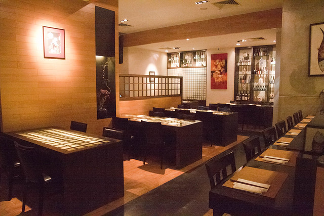 Akari Dining & Bar - indoor seat