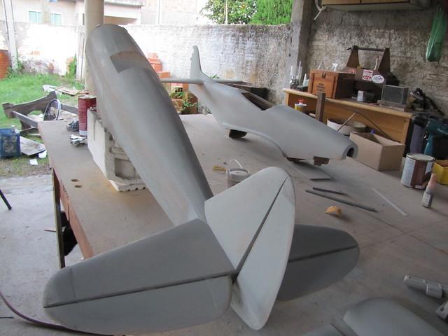 Montagem gratificante P-47 Thunderbolt Do Kit ao AR - Página 4 7190640076_46b3d952a6_z