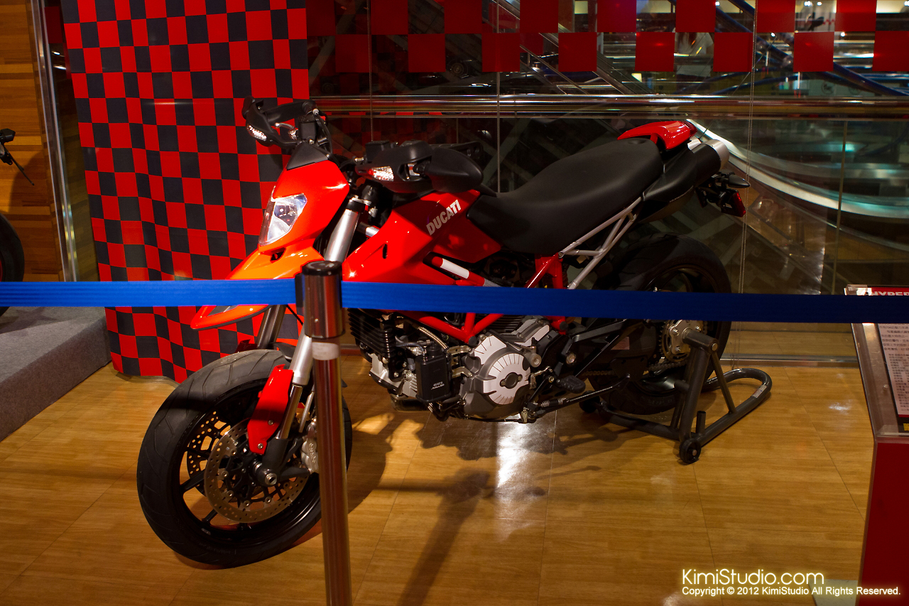 2011.07.26 Ducati-056