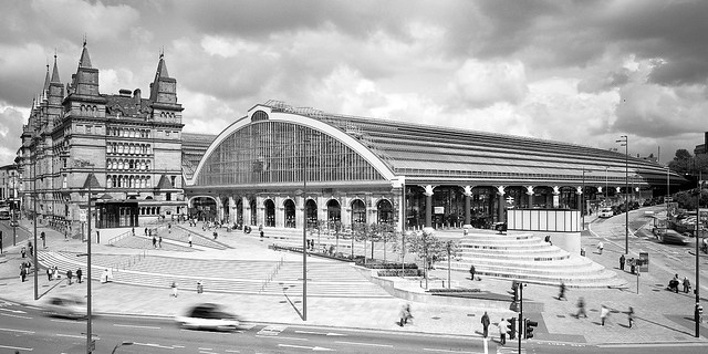 Liverpool Lime St // Richard Turner & William Fairburn (concourse by Glenn Howells Architects)