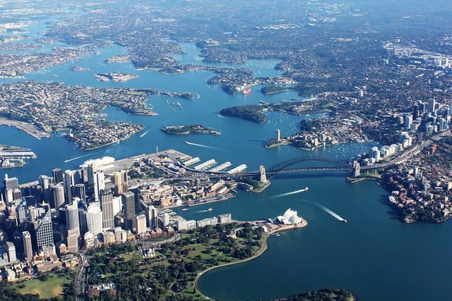 Sydney Harbo(u)r