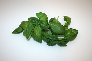 08 - Zutat frisches Basilikum / Ingredient fresh basil