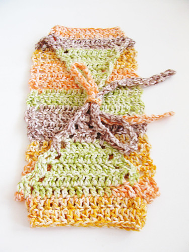 Riddiculously wuick crochet baby shrug