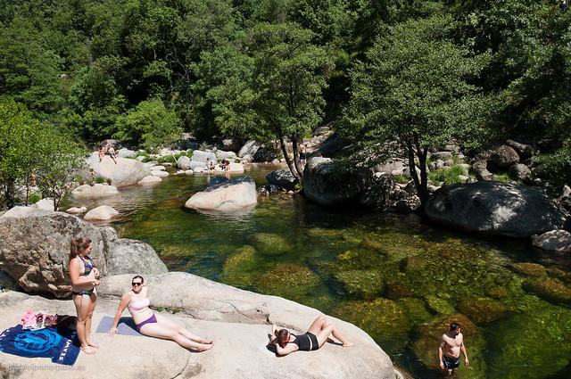 Los Pilones son una zona de baño muy popular en verano.
