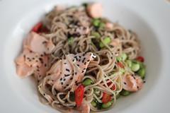 soba noodle salad salmon