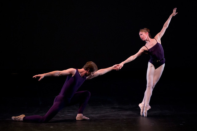 Nehemiah Kish and Leanne Benjamin in Polyphonia © Bill Cooper/ROH 2012