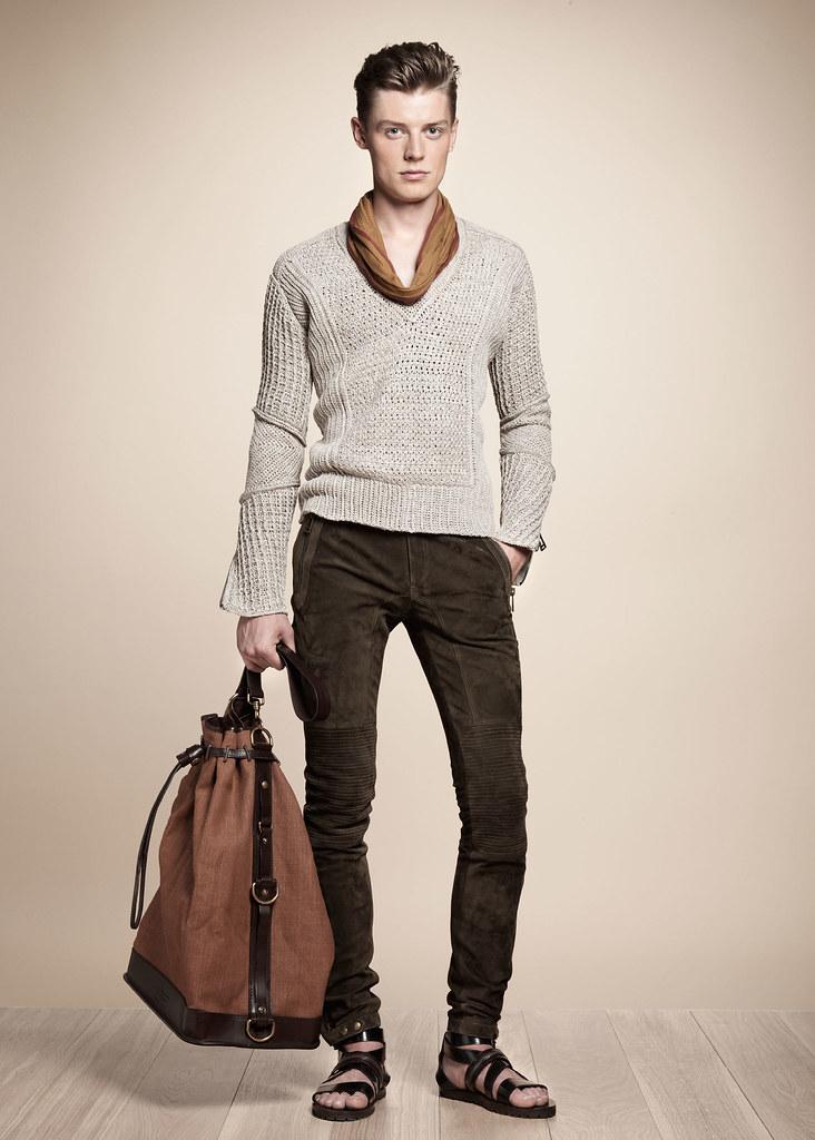 SS13 Milan Belstaff061_Janis Ancens(fashionising.com)