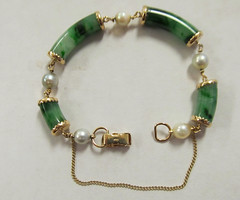 Ming's Jade and Pearl Bracelet