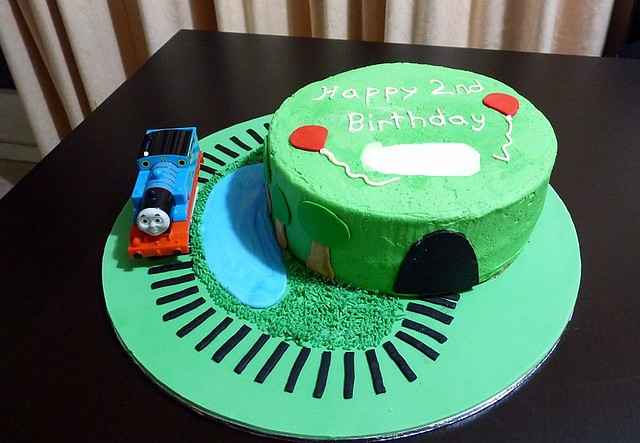 Cake Decor Thomas : A delicious. Year: Cake Decorating - Thomas the Tank Engine
