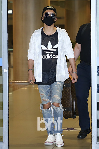 Big Bang - Incheon Airport - 15jun2015 - BNT - 03