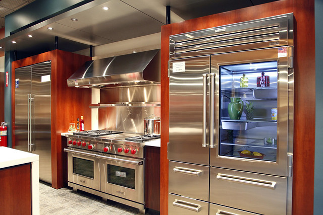 Sub Zero And Wolf Appliances Living Kitchen Display In Nj Flickr Photo Sharing