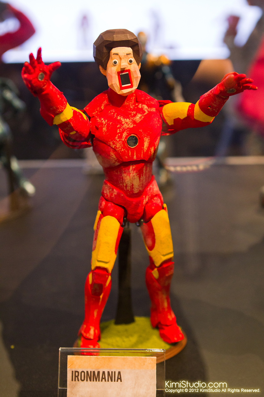 2011.11.12 HOT TOYS-045