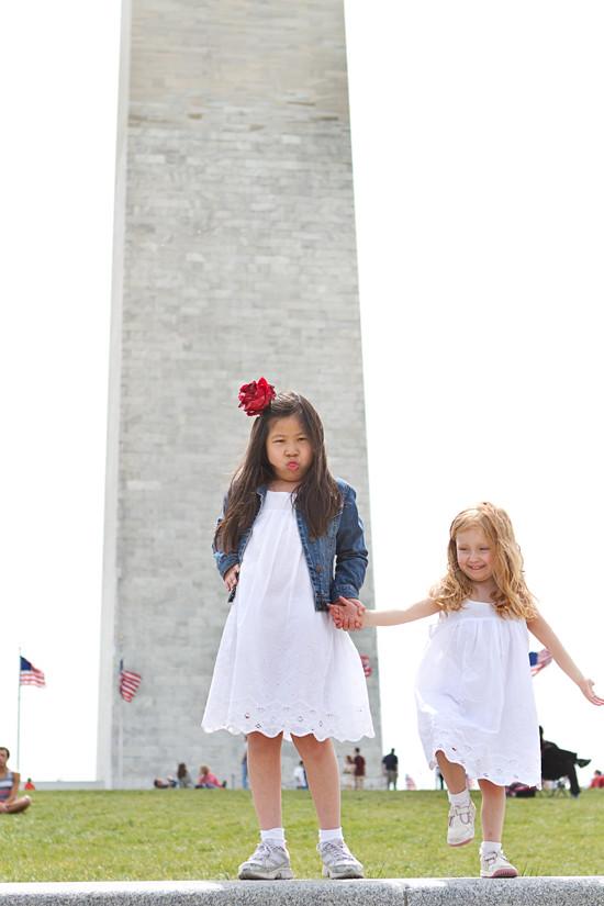 monument 12