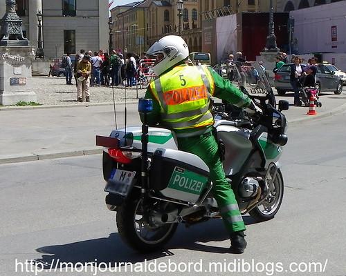 Polizei 02