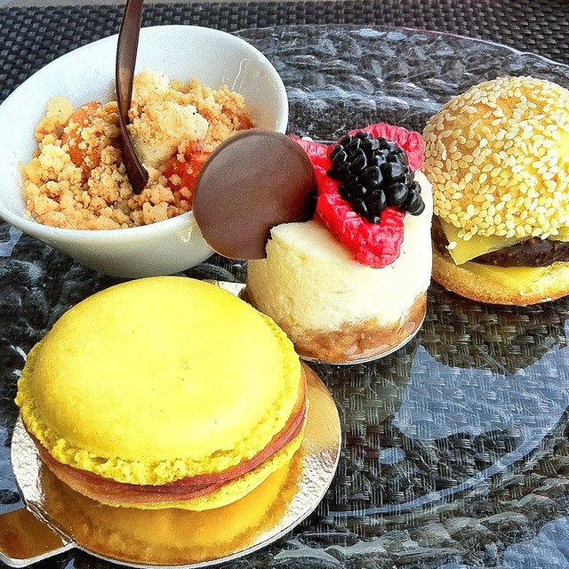 farandole de dessert restaurant pool garden excellent b flickr photo