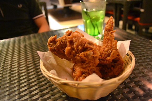 Fried Chicken Wings, The Bark Café, Singapore