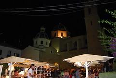 Mercadillo nocturno en la plaza de Altea