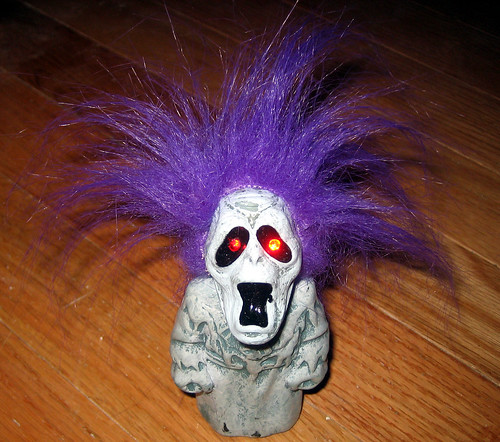 20120519 - yardsale booty - toy - terrifying screaming troll doll - IMG_4201