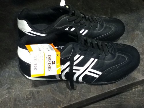 Sneakers 12.95 Euro