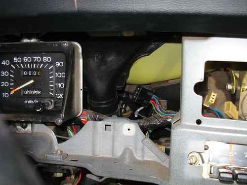 7484011750_0a6072c4f1 putting an oem tach into a b210 b210 ratsun forums datsun b210 wiring diagram at edmiracle.co