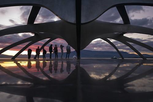 sculpture sun reflection sunrise iceland raw pentax sigma reykjavik voyager viking 1020 islande drakkar solfar thesunvoyager jongunnararnason k20d
