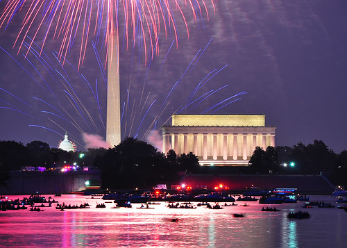 nightphotography nikon fireworks uscapitol capitol lincolnmemorial 4thofjuly july4 washingtonmonument independenceday d90