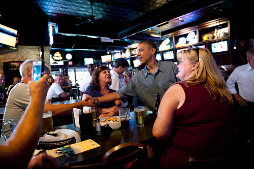 Day_01_070512_POTUS_Bus_Tour_OTR_Ziggys_Pizza_0107