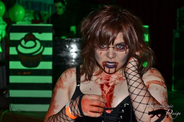 Zombie CUPCAKE! 04-21-12