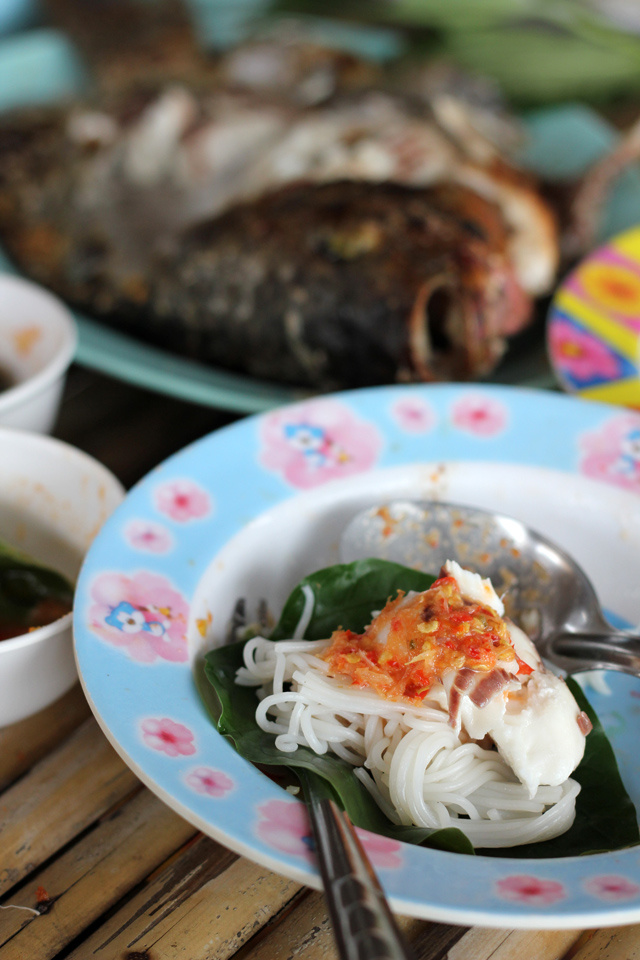 7691379552 f12e3e5c52 o In Thailand, Is This the Perfect Meal?