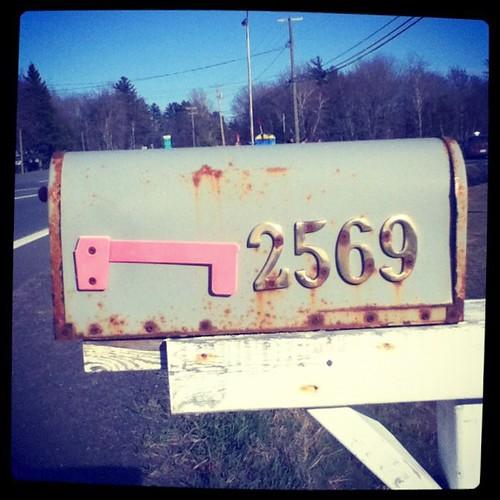 Buzon de correo sin casa!