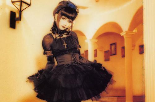 cool gothic lolita