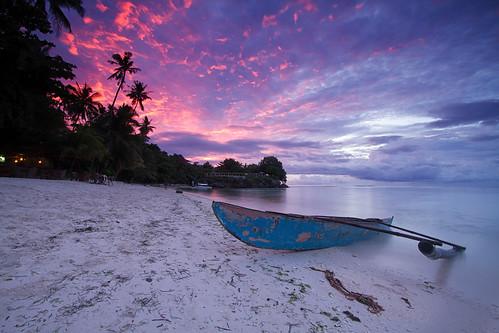 travel holiday beach sunrise philippines bohol panglao tranquilscene canonefs1022mmf3545usm alonabeach traveldestinations centralvisayas canoneos7d leesoftndgradfilter dpslandscapr henannresort