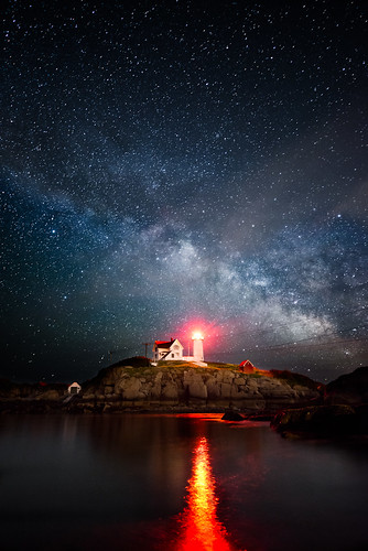 ocean park lighthouse seascape reflection water night way stars landscape island atlantic cape milky neddick nubble sohler