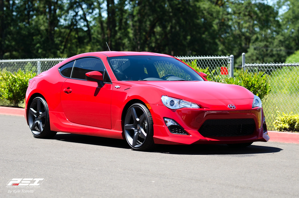 Scion FR-S - red