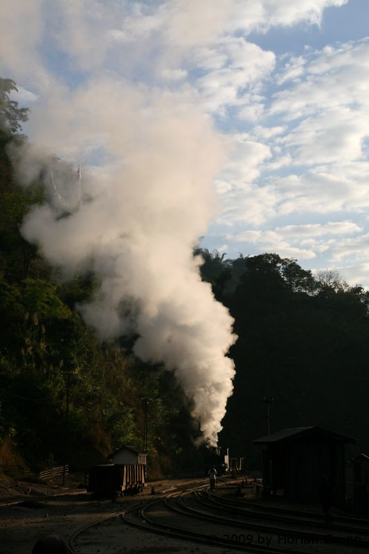 http://farm9.staticflickr.com/8153/7434454254_795e7653ee_b.jpg