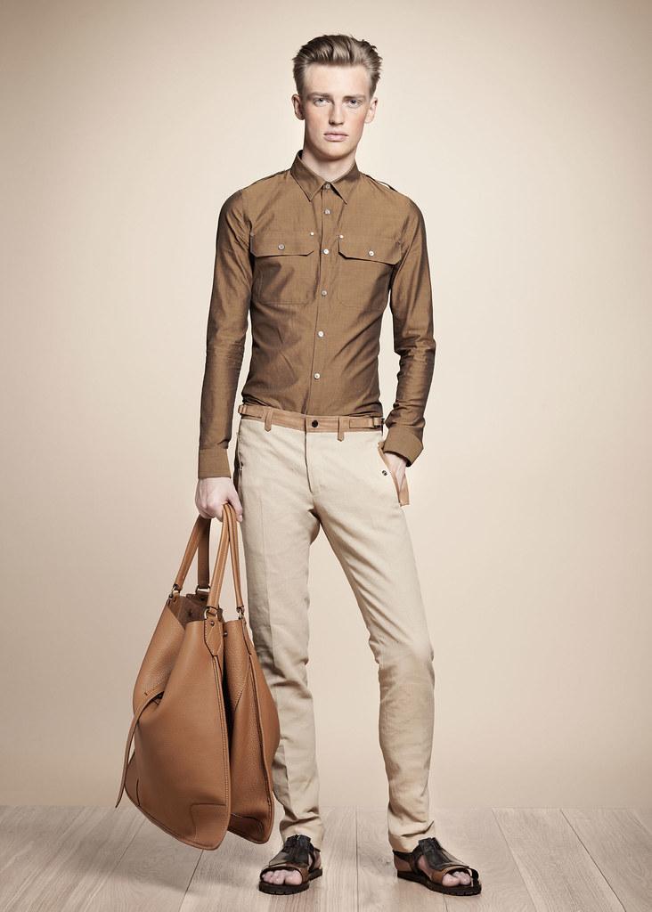 SS13 Milan Belstaff046_Victor Nylander(fashionising.com)