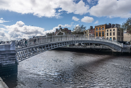Ha'penny Bridge photo