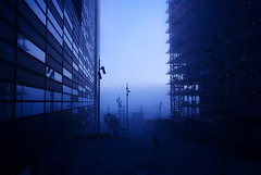 [Free Images] Architecture, Large Buildings, Fog / Mist, Landscape - Norway, Blue Color ID:201207092000