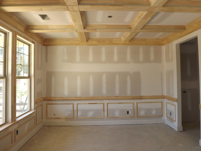 Dining room cofferred ceiling and picture frame trim for Dining room picture frames