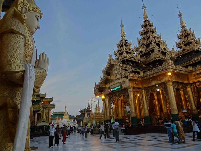 Shwedagon Pagoda 9
