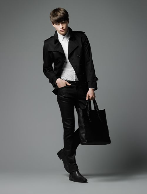 Hugh Vidler0008_Burberry Black Label SS12