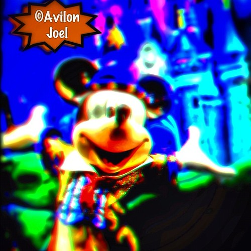 #Mickey #Mouse at the #Disney #Store #parisinstagram #instacool #instamatic #trippy #iphone4s #magnifyk #iphoneasia #ignation #instaworld #Q8 #q8instagram #twitter #foursquare #tumblr #flickr #posterous #facebook #avilonjoel #webstagram #structure #instam