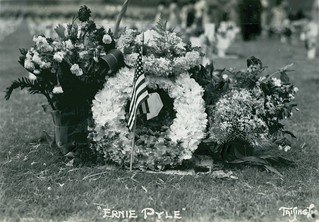 Ernie Pyle Grave Site, Memorial Day, 1950