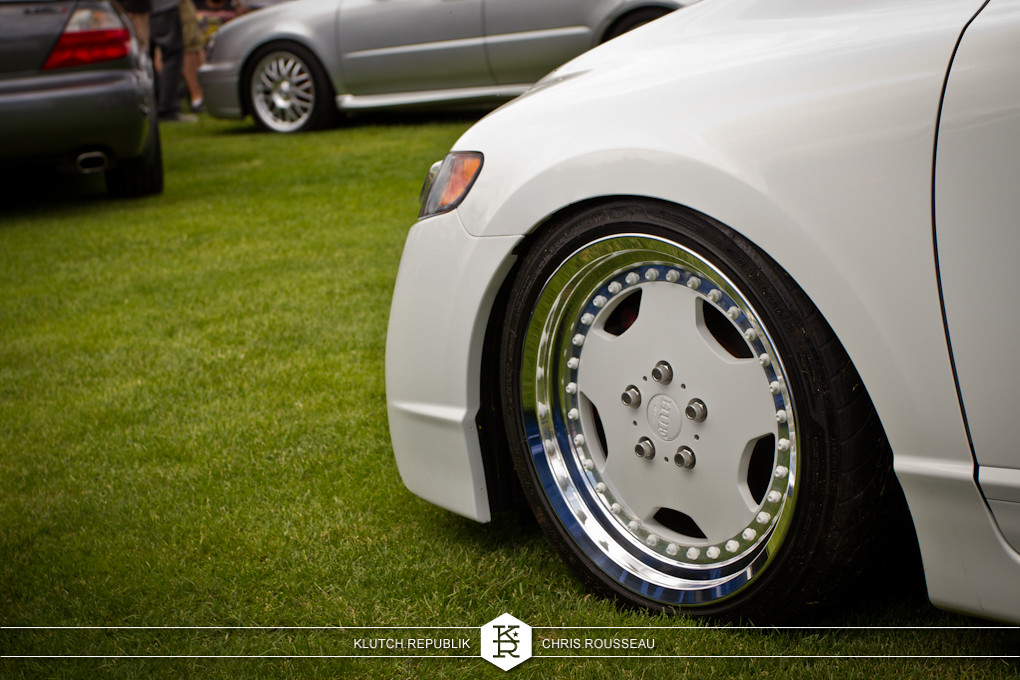 white 8th gen honda civic on color matched 3pc wheels at staggered 2012