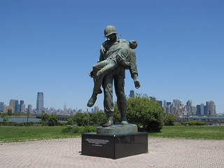 Image of Liberation Monument.