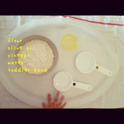 no cook playdough #diy #toddlerart