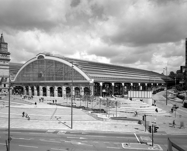 Liverpool Lime St // Richard Turner & William Fairburn (gateway by Glenn Howells Architects)