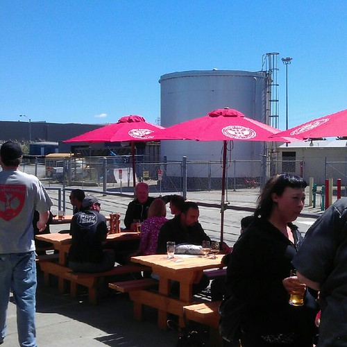 Sunny day at Drake's Barrel Room for 1st Anniversary party