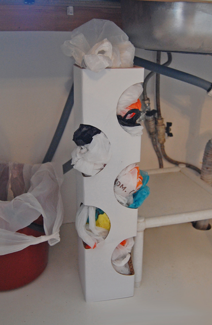 Organizer for plastic bags_005